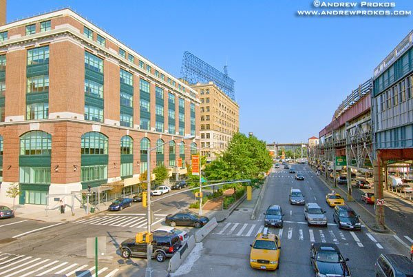 An elevated view of Queens Plaza North, Long Island City. <br>