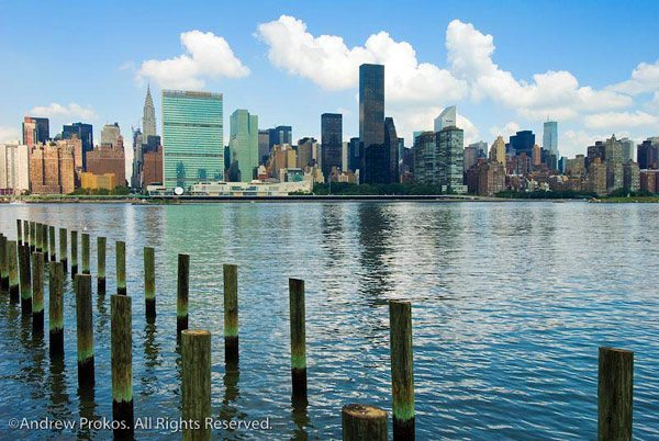 A view of Midtown Manhattan from Hunter's Point, Long Island City.