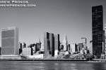 manhattan skyline united nations bw