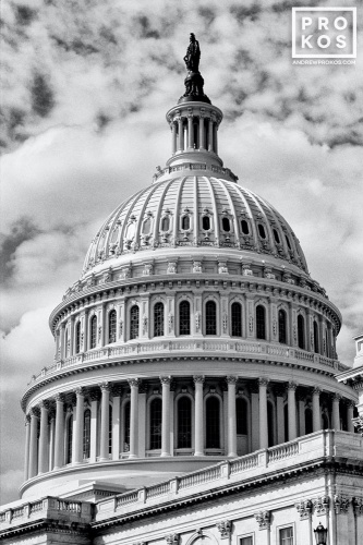 CAPITOL DOME BW PX