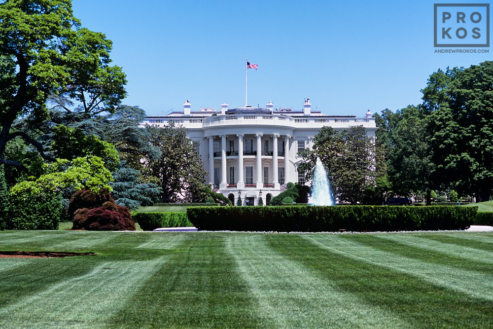A view of the White House from the South Lawn in Summer, Washington DC