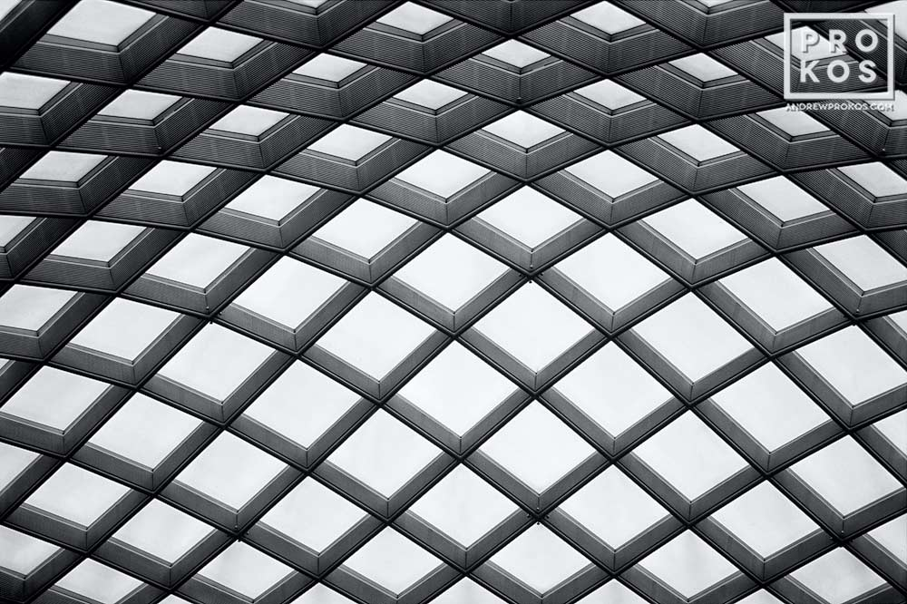 The undulating glass and steel canopy of Kogod Courtyard, National Portrait Gallery, Washington DC