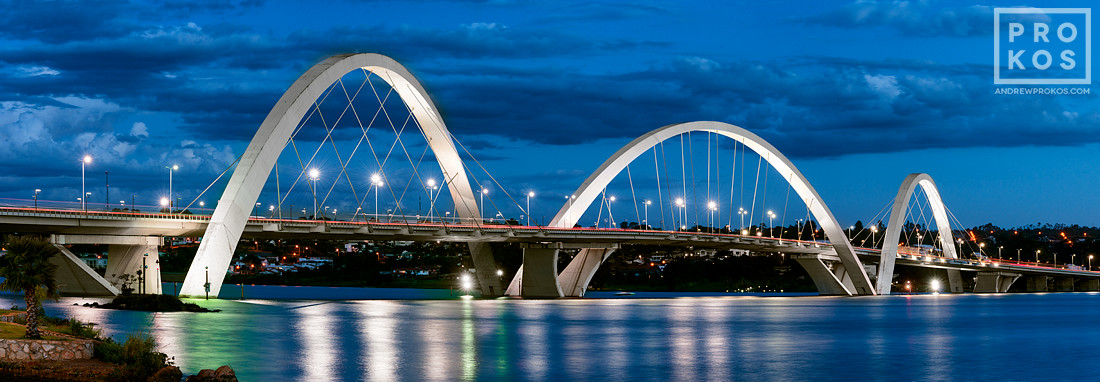 A panoramic view of Juscelino Kubitschek Bridge at dusk, Brasilia, Brazil. Vista panoramica da Ponte JK ao anoitecer, Brasilia.