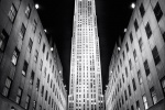 ROCKEFELLER CENTER NIGHT VT BW PX
