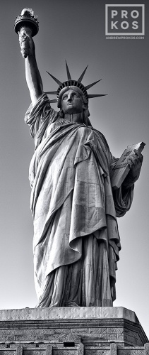 STATUE OF LIBERTY PANORAMA VT BW PX