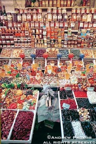 barcelona boqueria market candy