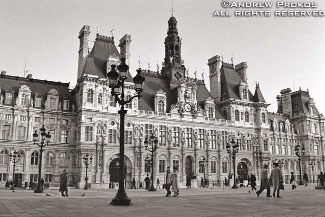 A view of the Hôtel de Ville in Paris, France