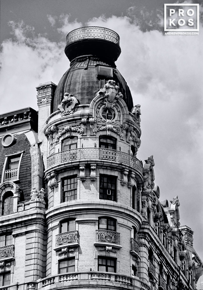 A black and white architectural photo of the Ansonia building on Manhattan's Upper West Side, New York City