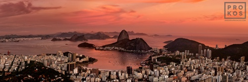 A high-definition panoramic view of Botafogo and the Sugarloaf Mount at dusk, Rio de Janeiro