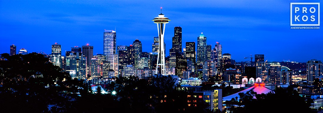 A panoramic Skyline of Seattle, Washington at Dusk