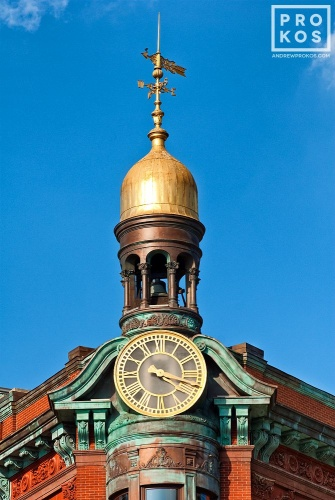An architectural photo of the cupola and clock from the Suntrust Bank Building in Washington DC.
