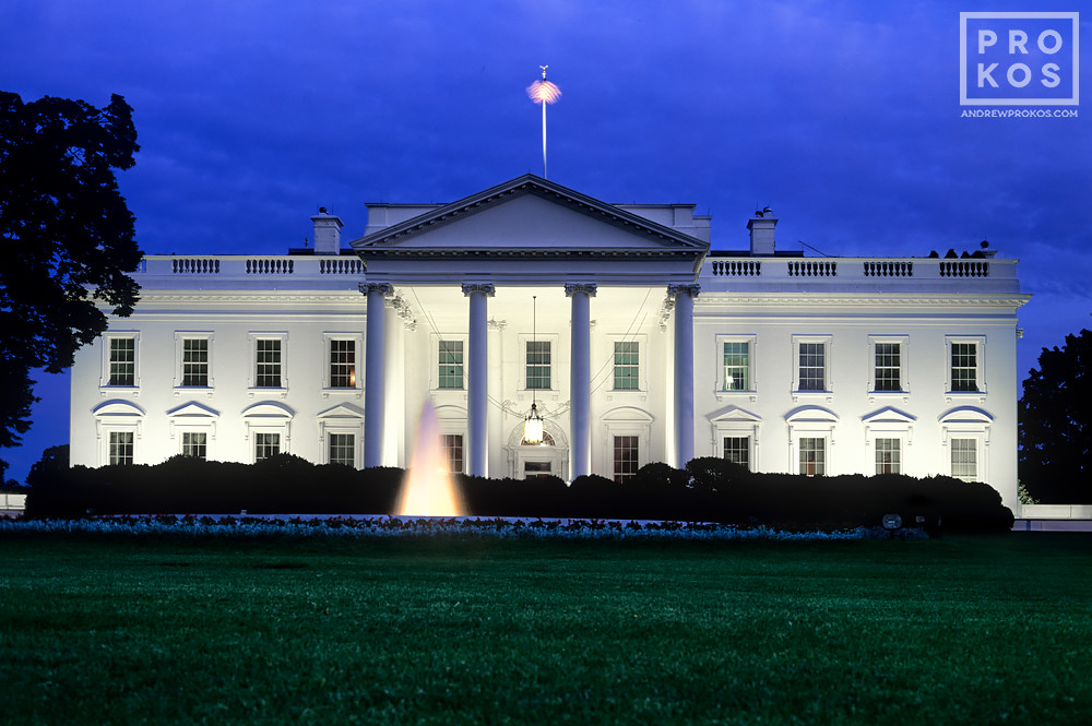 A photo of the White House in Washington DC at night